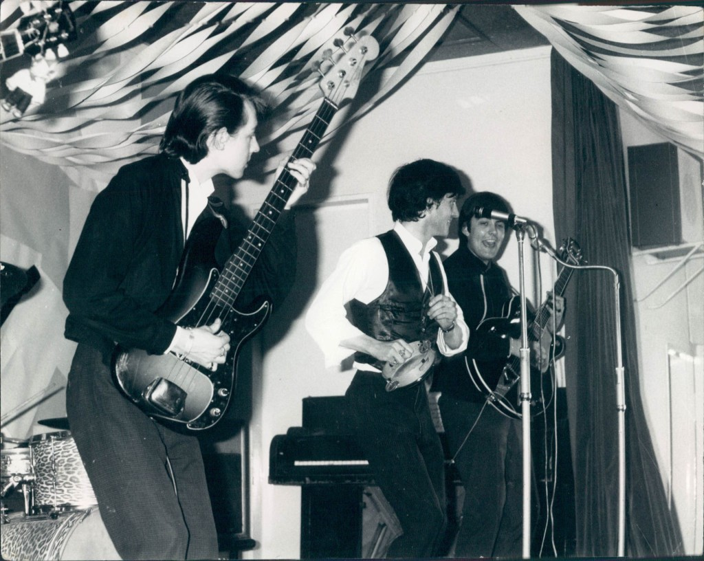The London Beats live August 1964, left to right: Sam Coaffee, Frank Bennett and Mick Tucker